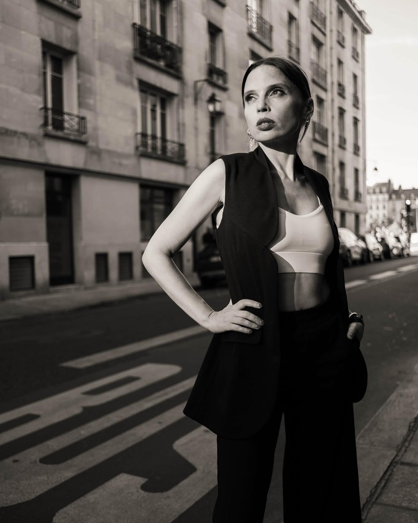 """""""Это был период экспериментов"""": Ирена Карпа рассказала о своем романе с известным рокером - фото №1"""