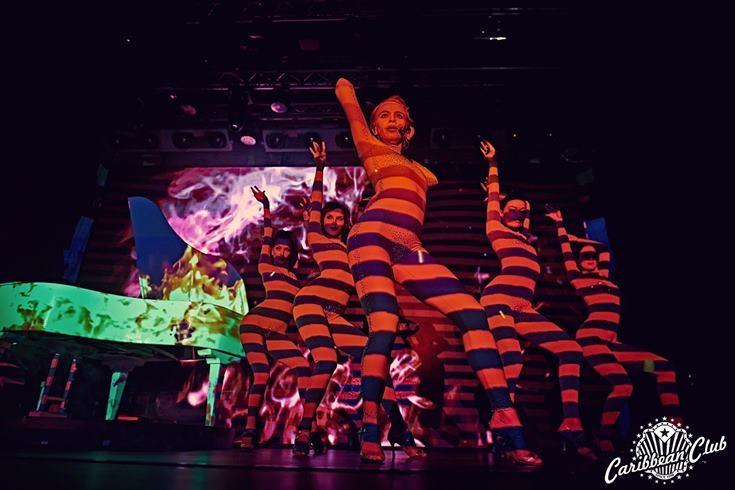 """Концерт Евгения Хмары, Improv Live Show, варьете """"Рояль"""" и другое: афиша сентября в Caribbean Club - фото №5"""