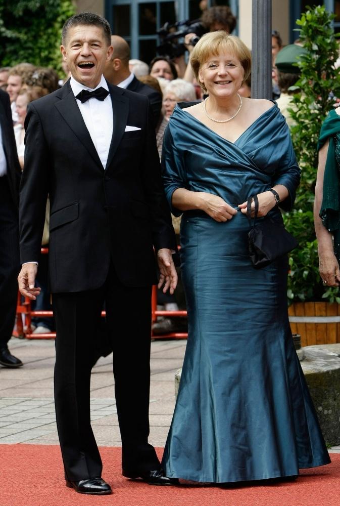 Ангела Меркель отмечает день рождения: разбираем стиль одеждыканцлера Германии(ФОТО) - фото №6