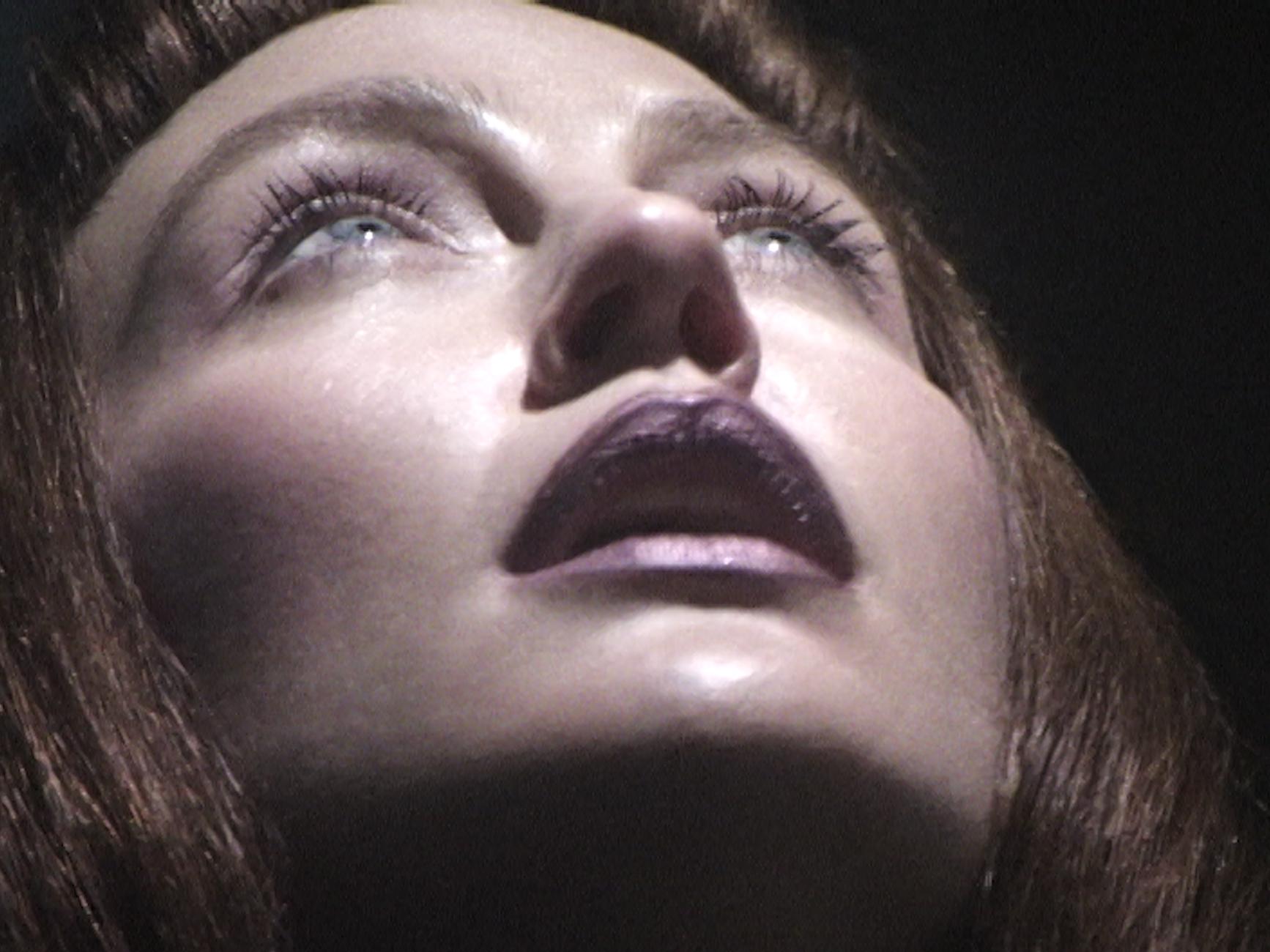 """""""Мастер"""": LAYAH выпустила психоделическое видео на новую песню - фото №1"""