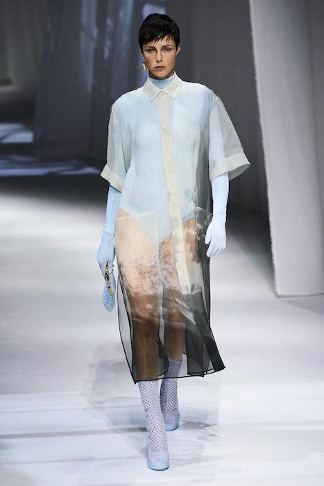 Неделя моды в Милане: Fendi выпустили коллекцию, вдохновленную карантином и пандемией (ФОТО) - фото №2