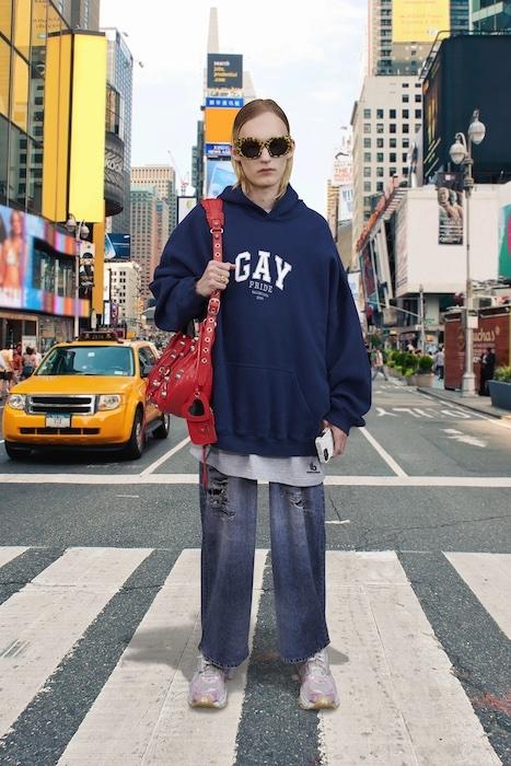 Трендовая одежда на каждый день в новой коллекции Balenciaga (ФОТО) - фото №6