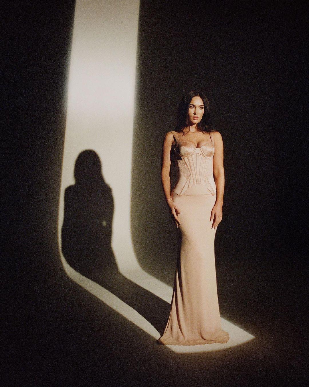 Меган Фокс снялась в эффектной фотосессии и рассказала о своем возвращении в шоу-бизнес (ФОТО) - фото №5