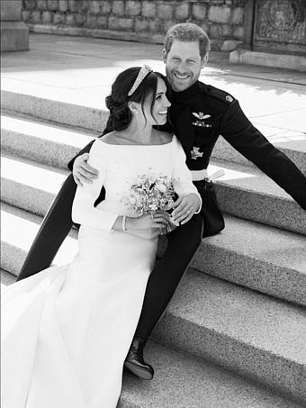 Принц Гарри и Меган Маркл: подборка трогательных кадров герцогов Сассекских - фото №7