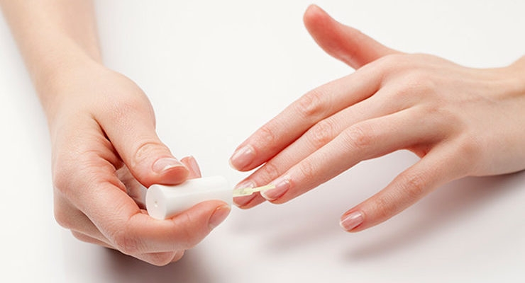Черные полоски на ногтях: что это и как бороться? - фото №3