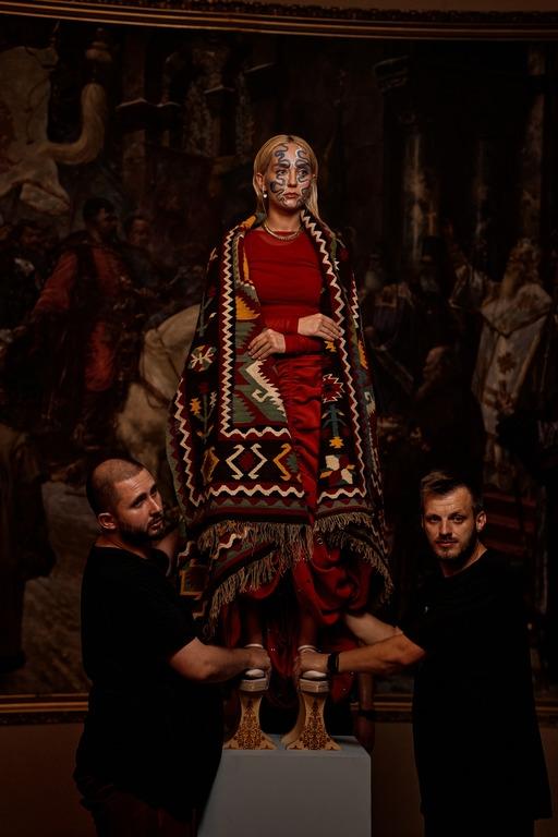 Премьера: ROXOLANA и Нина Матвиенко представили хип-хоп трек на стихи Ивана Франко - фото №4
