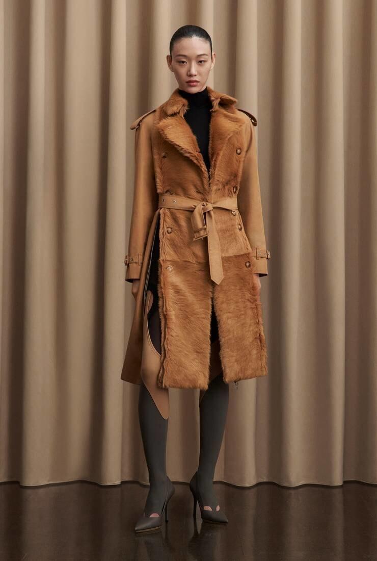 Романтика и практичность: обзор новой коллекции Burberry Pre-Fall 2021 (ФОТО) - фото №2
