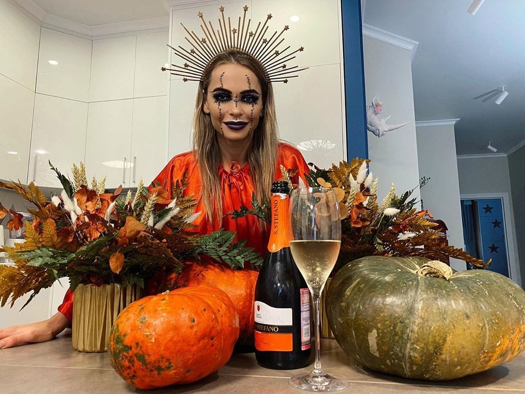 Хэллоуин-2020: Ким Кардашьян, NK, Кайли Дженнер и другие - фото №8