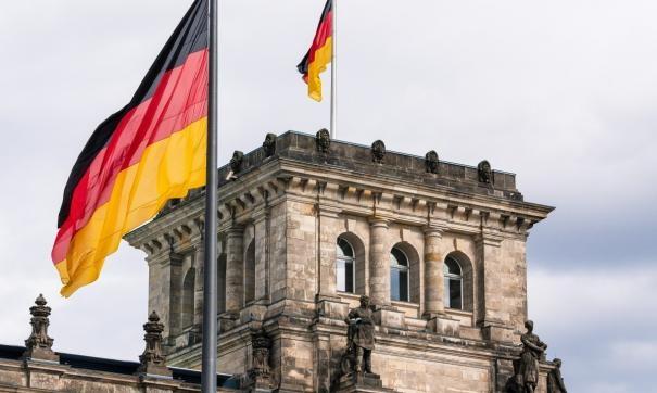 В Германии вводят жесткий карантин - фото №1