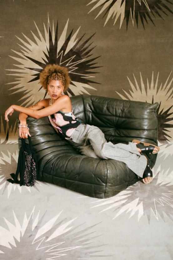 Клоуны и акробаты в новой весенней коллекции Vivienne Westwood (ФОТО) - фото №7