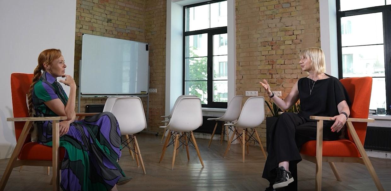 """""""На першому місці для мене, звісно, робота"""": інтерв'ю з виконавчим директором фонду АнтиСНІД — Ольгою Руднєвою (ВІДЕО) - фото №1"""