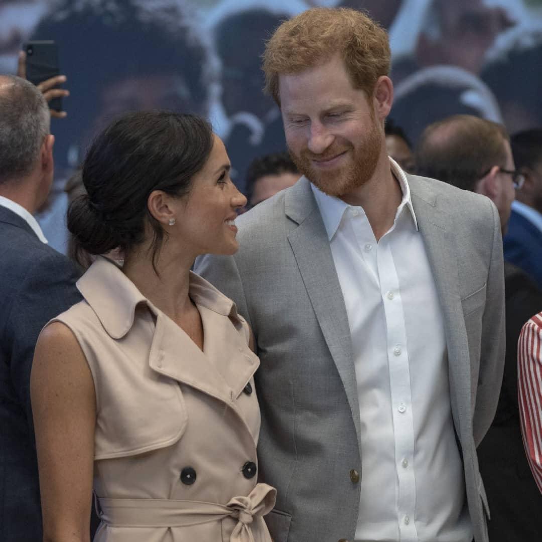 Принца Гарри и Меган Маркл призвали отказаться от своих титулов - фото №2