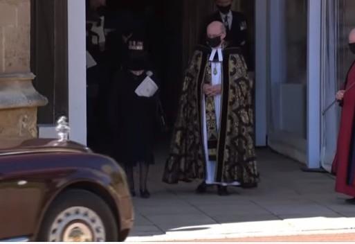 В Великобритании прощаются с принцом Филиппом: онлайн-трансляция - фото №10