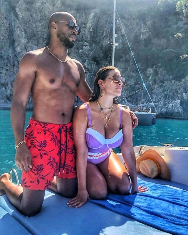 Эшли Грэм с мужем