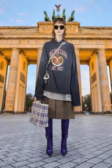 Трендовая одежда на каждый день в новой коллекции Balenciaga (ФОТО) - фото №4
