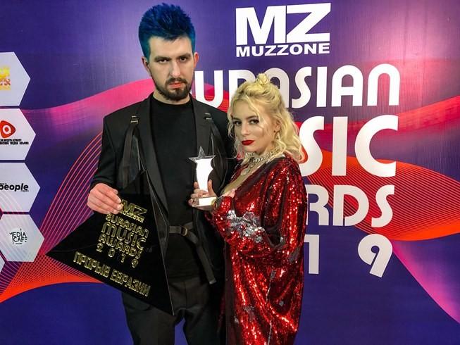 Eurasian Music Awards: украинская группа совершила прорыв в Азии и представила новый клип (ВИДЕО) - фото №2