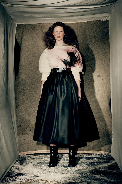 Кровавая мода: Alexander McQueen представили новую коллекцию (ФОТО) - фото №4
