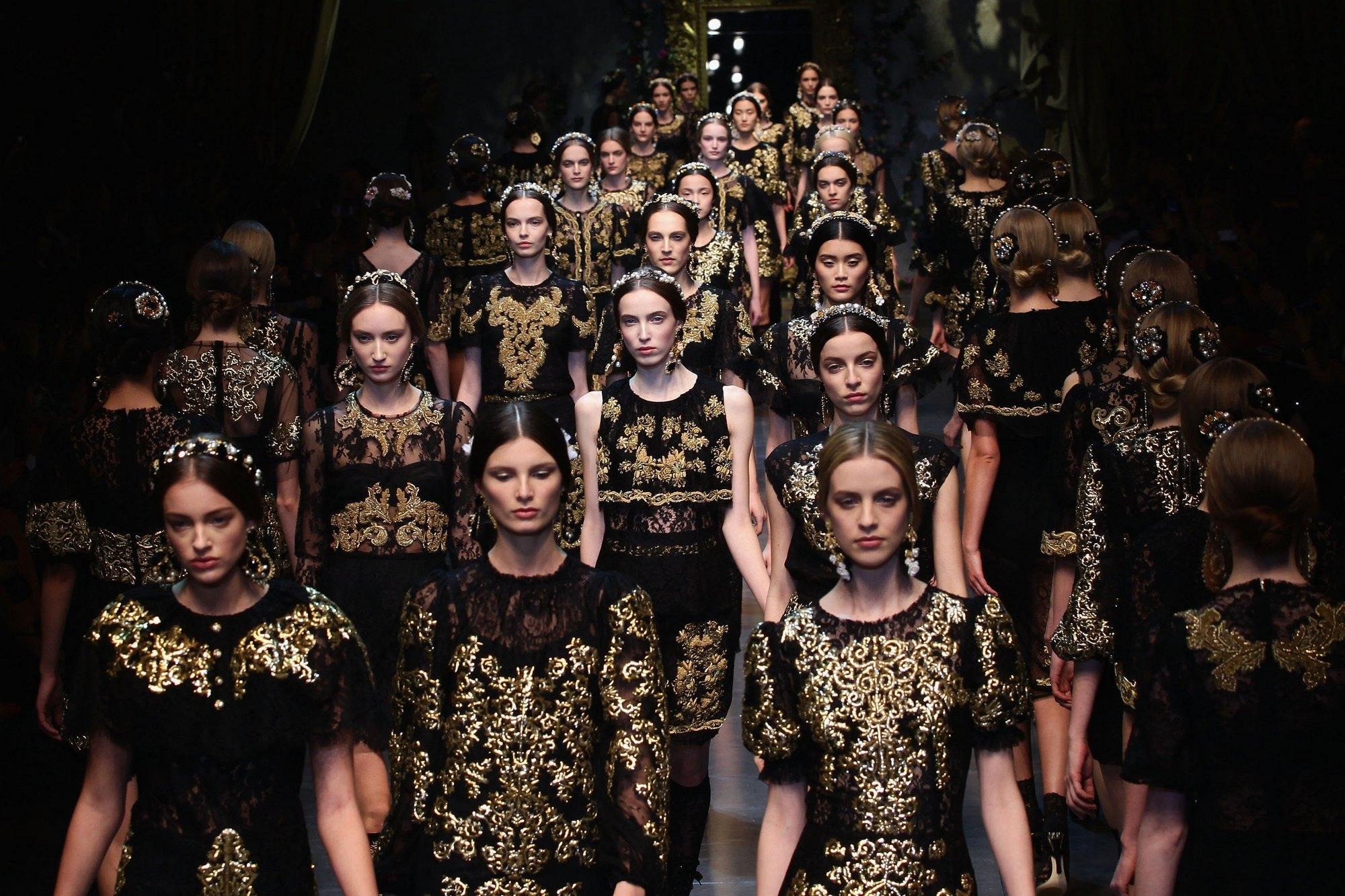 Неделя моды в Париже состоится, несмотря на пандемиюCOVID-19 - фото №1