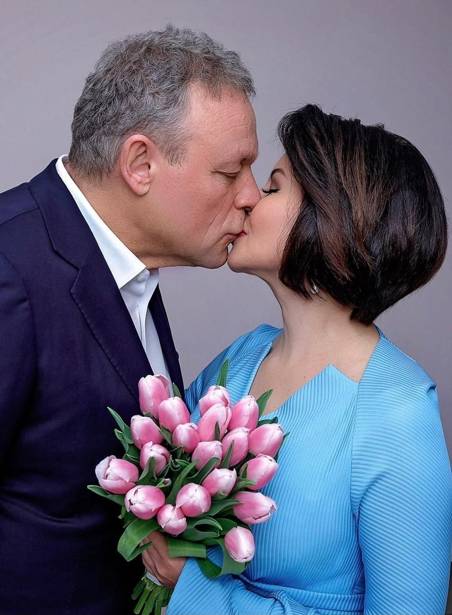 Копия Анастасии Заворотнюк: Сергей Жигунов тайно женился на ВикторииВорожбит - фото №1