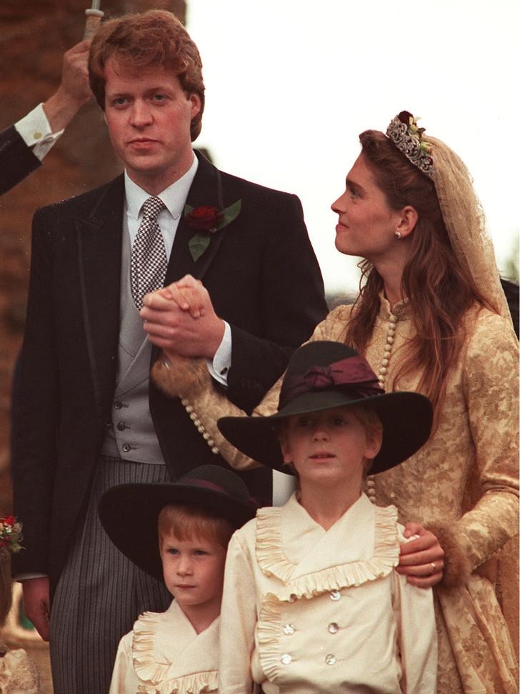 Стало известно, почему отец Китти Спенсер не пришел на ее свадьбу - фото №3