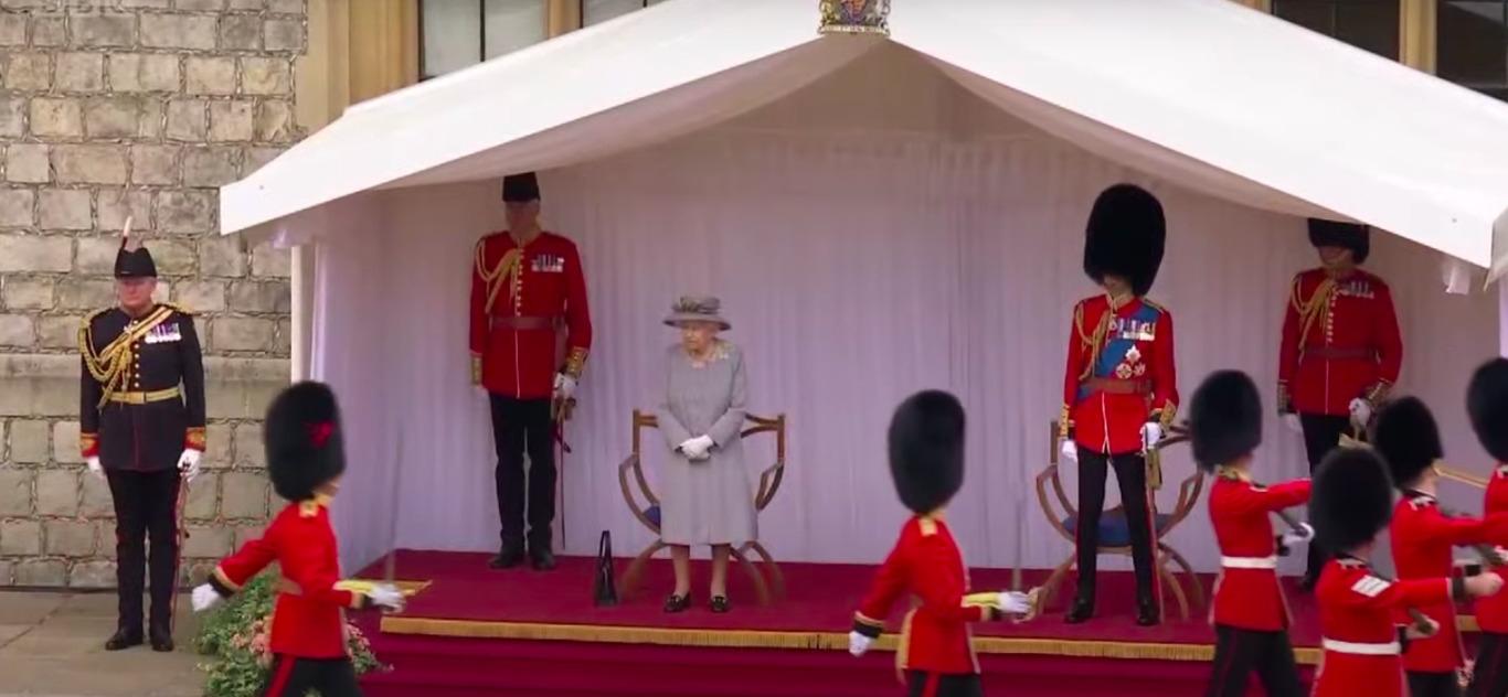 Официальный день рождения Елизаветы II: мини-парад в Виндзорском замке - фото №4