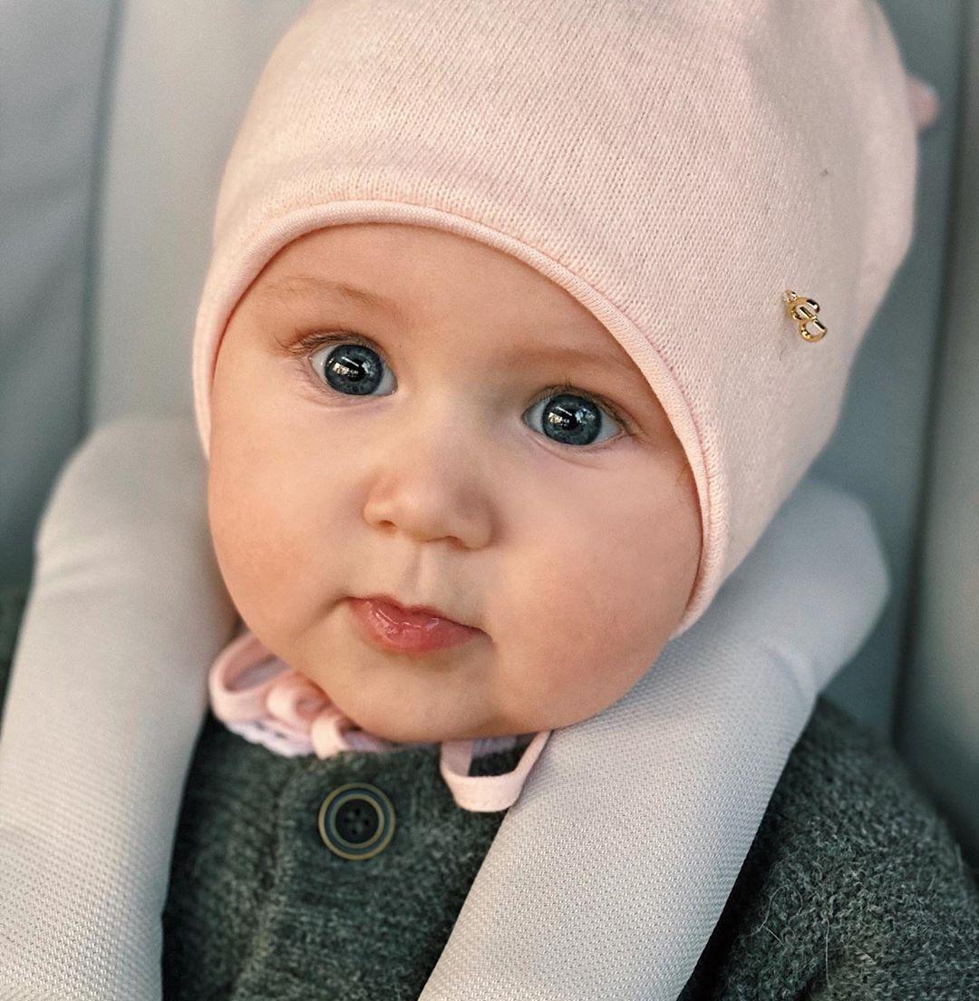 Санта Димопулос впервые показала семимесячную дочь Софию (ФОТО) - фото №1