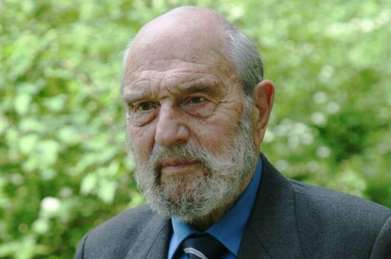Умер Джордж Блейк, британский разведчик, перешедший на сторону СССР - фото №1