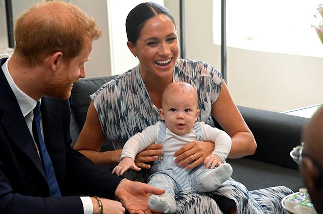 """""""Нам повезло с нашим малышом"""": Меган Маркл и принц Гарри о первых шагах и взрослении своего сына Арчи - фото №1"""