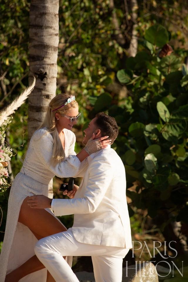 пэрис хилтон помолвка