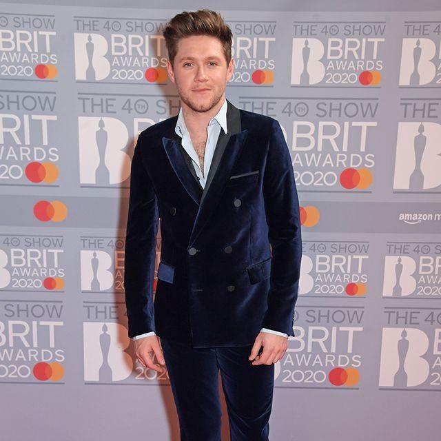Там был MONATIK: обзор лучших образов с красной дорожки Brit Awards (ФОТО) - фото №5