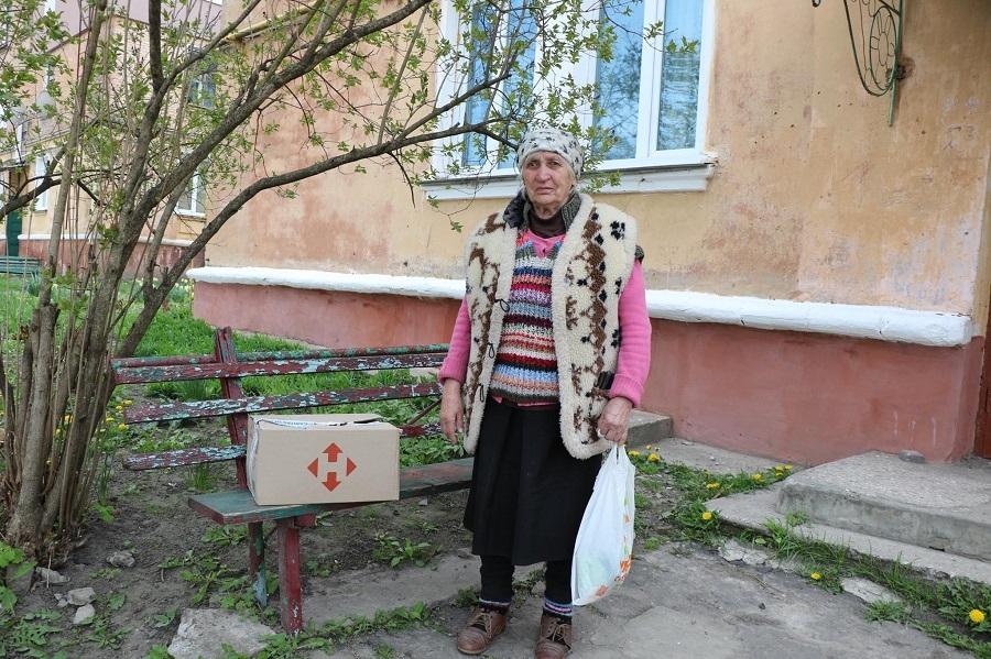"""Доставка заботы: 300 бабушек и дедушек из Украины получили продуктовые наборы в рамках проекта """"ДоБаДе"""" - фото №4"""