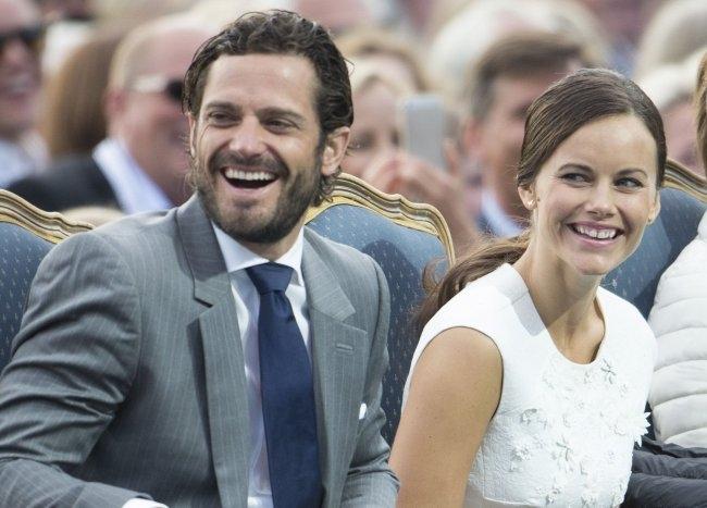 принц Швеции Карл Филипп и принцесса София коронавирус