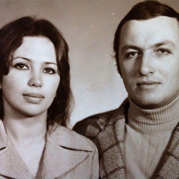 Анатолий Боня с мамой Виктории Бони
