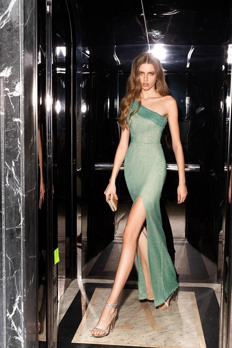 Стразы, шелк и кружева: бренд WONA Concept представил новую коллекцию вечерних платьев (ФОТО) - фото №2