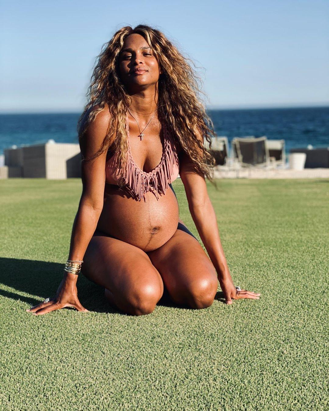 Сиара беременна фото