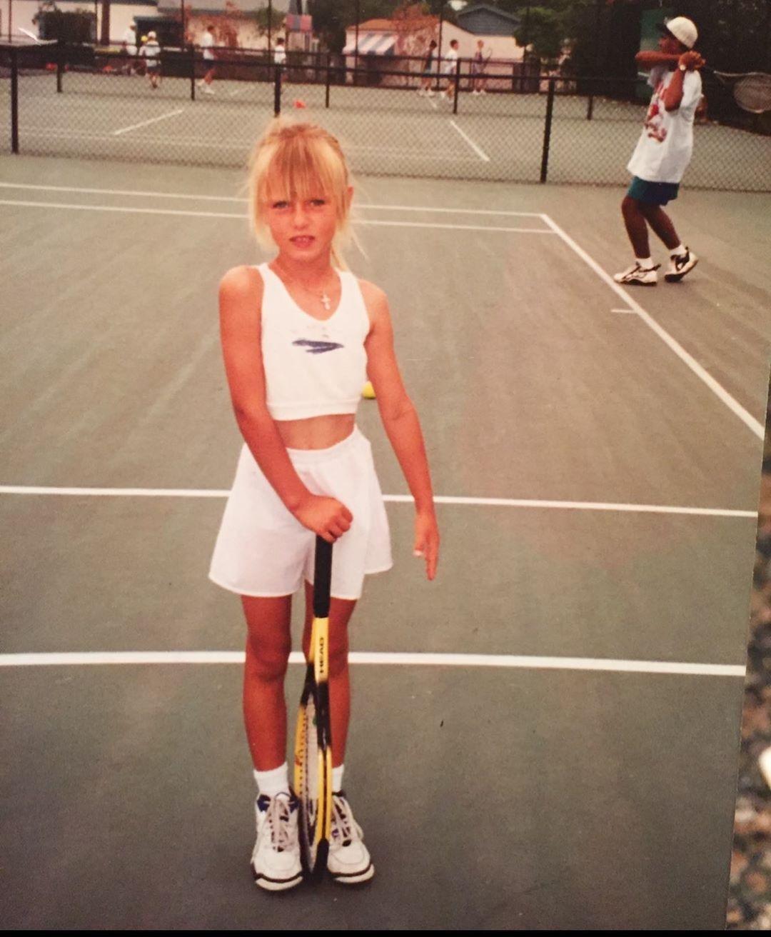 шарапова уходит из тенниса
