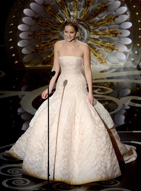 В преддверии Оскара: обзор лучших нарядов в за всю историю (ФОТО) - фото №16