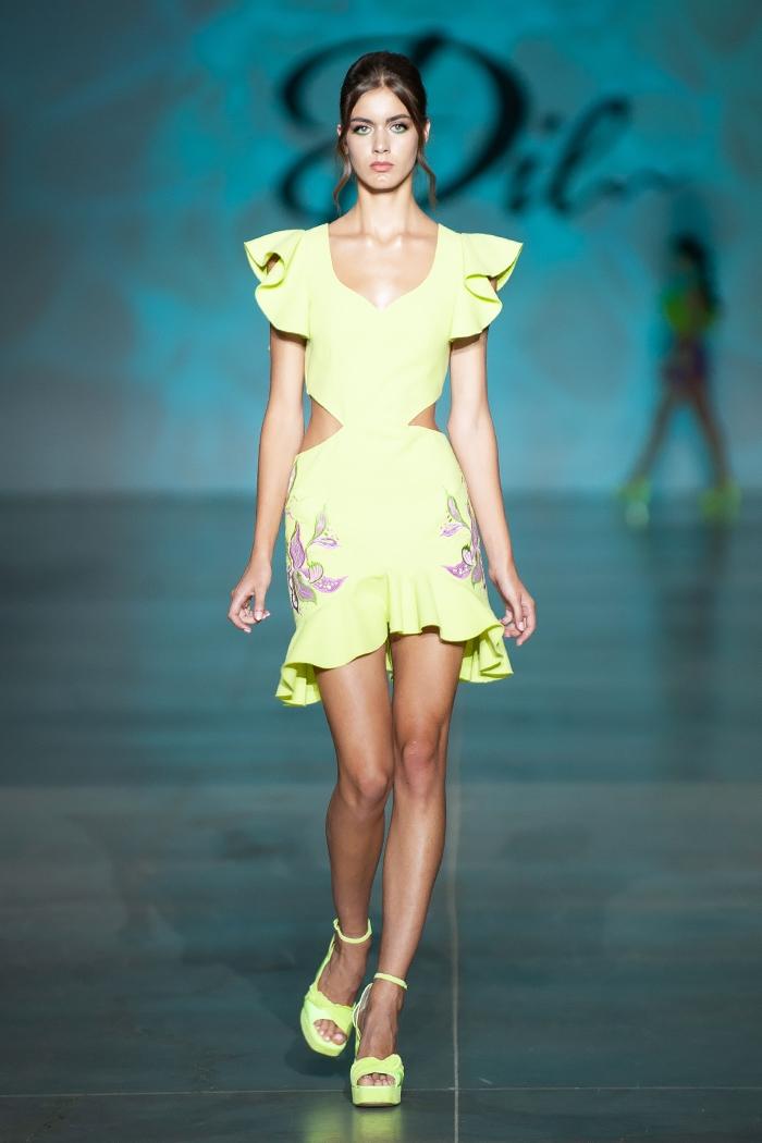 Меньше ткани, больше тела: как прошел второй день Ukrainian Fashion Week noseason sept 2021 - фото №7