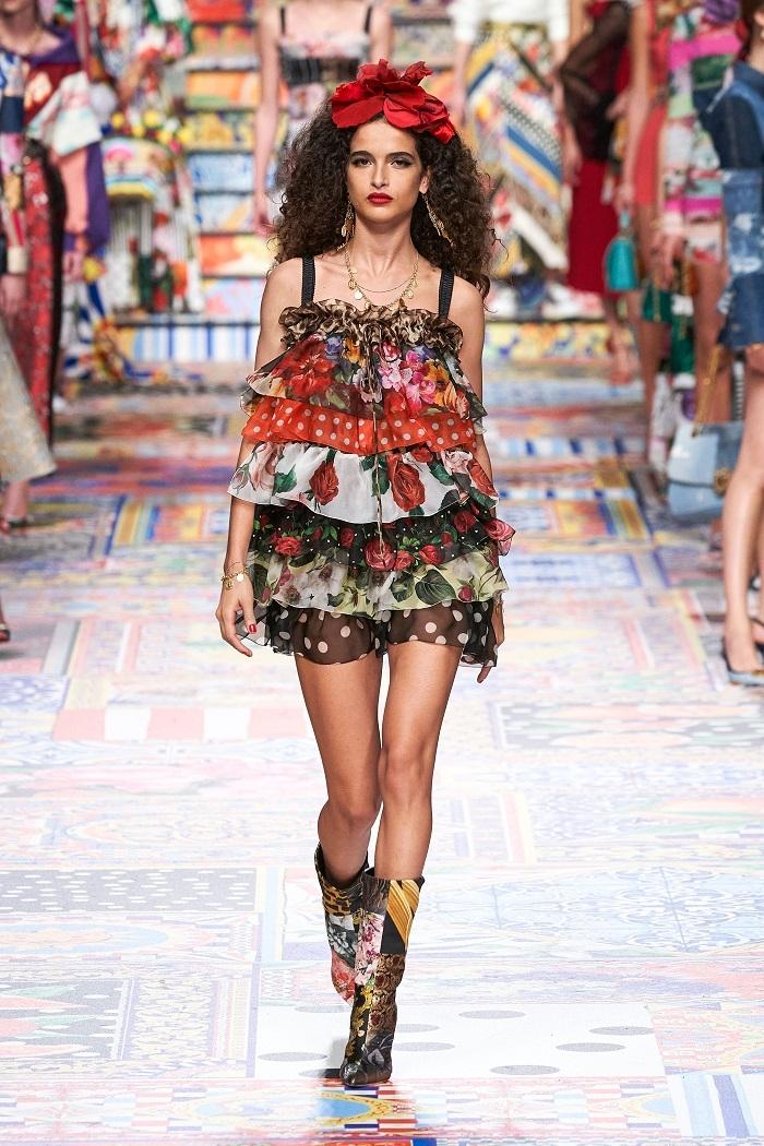 Неделя моды в Милане: Dolce & Gabbana выпустили коллекцию из остатков ткани (ФОТО) - фото №5