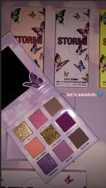 Кайли Дженнер бренд Kylie Cosmetics: коллекцию косметики в честь своей дочери Сторм с бабочками