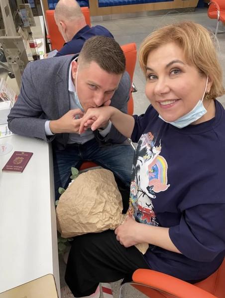 """""""Очень рад, что она востребована и любима"""": супруг Марины Федункив рассказал, как относится к ее публичности - фото №2"""