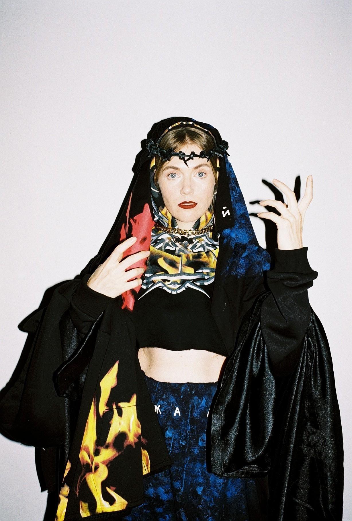 Не музыкой единой, но и модой: Макс Барских и LITKOVSKAYA создали новую коллекцию одежды (ФОТО) - фото №1