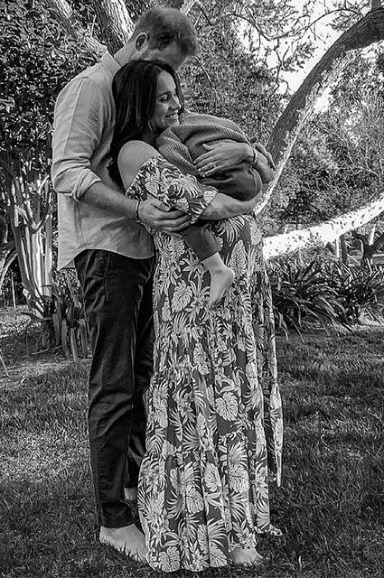 Меган Маркл отказалась от королевского титула в свидетельстве о рождении дочери - фото №2
