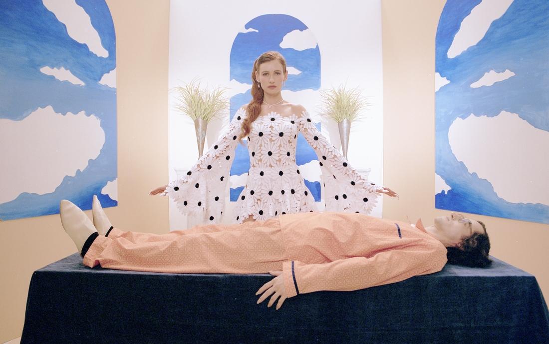 Луна кадр с клипа Fata Morgana