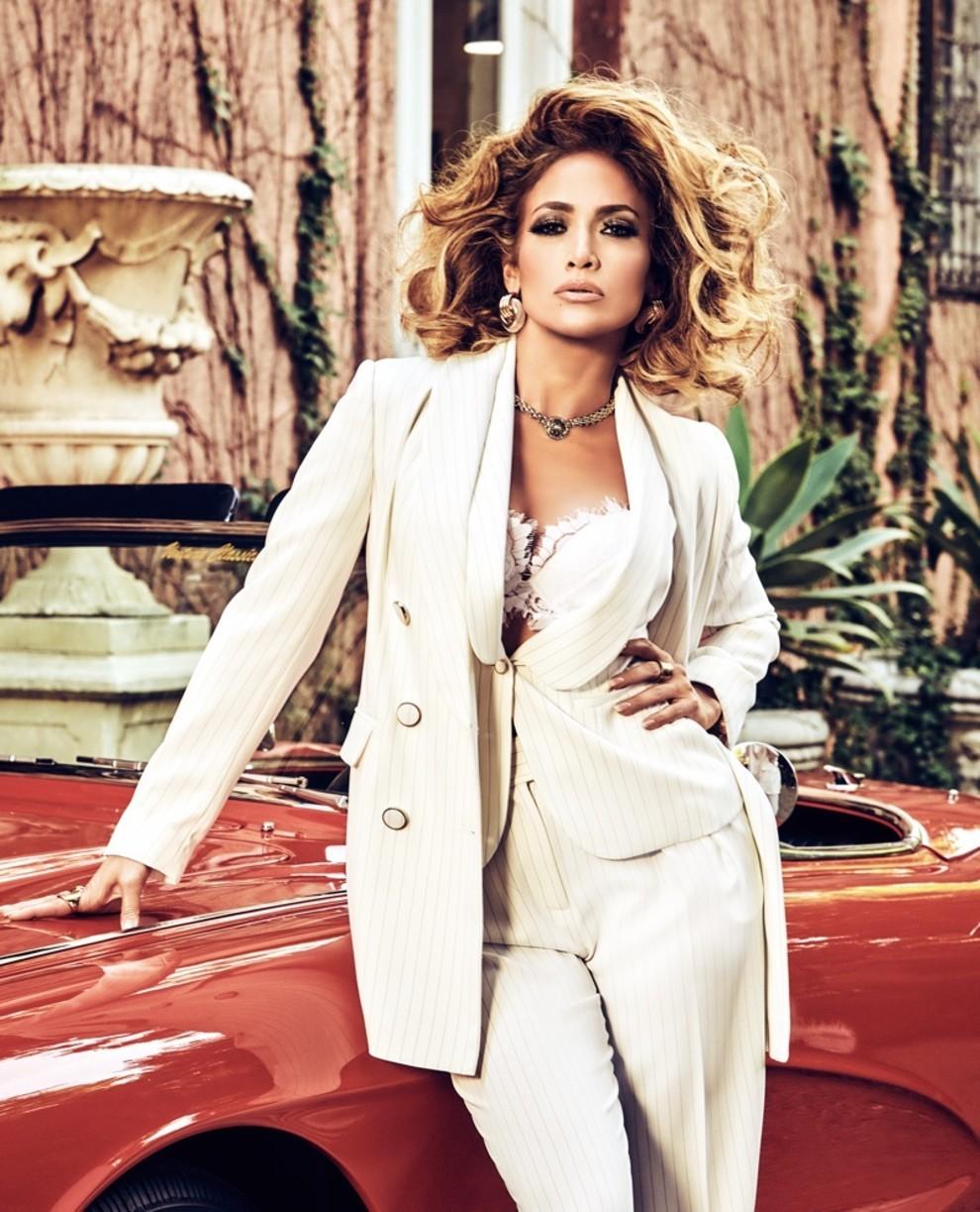 Дженнифер Лопес снялась в образе Софи Лорен: для новой рекламной кампании Guess - фото №2