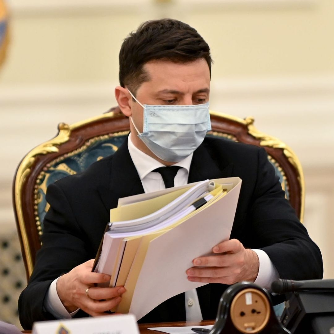 зеленский подписал закон о референдуме украина